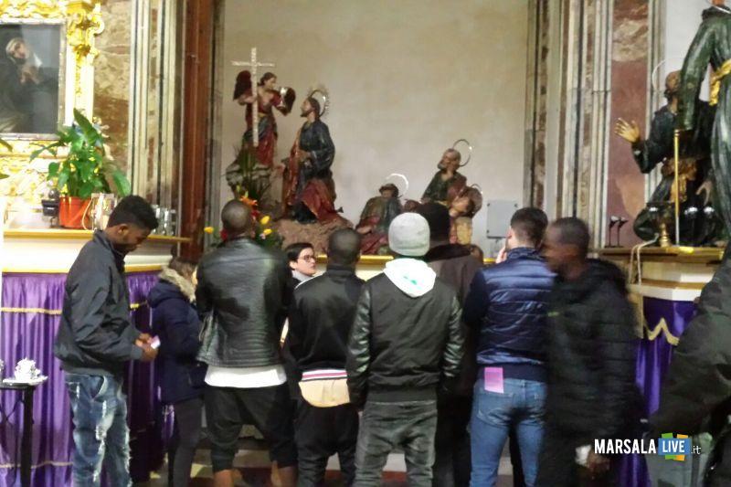 Misteri migranti in visita alla Chiesa del Purgatorio (3)