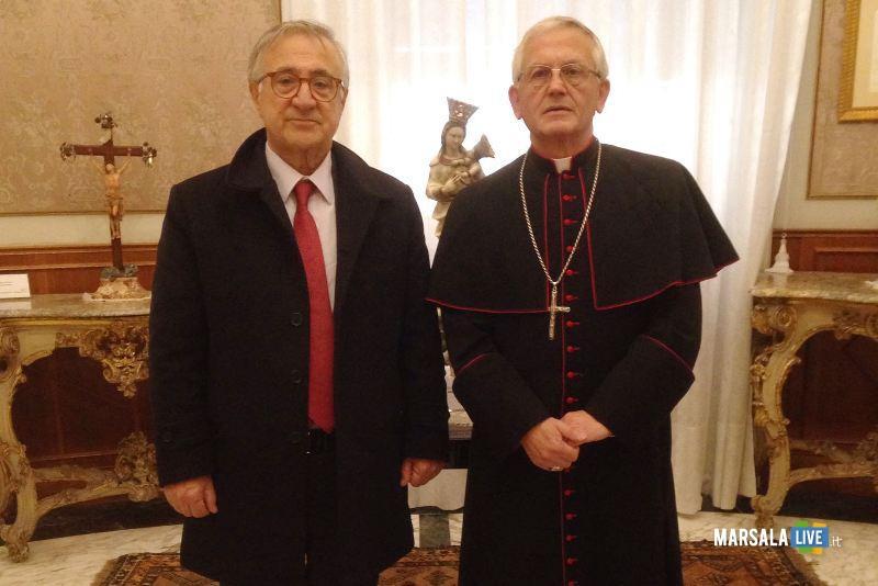 vescovo Fragnelli con Salvatore Saporito