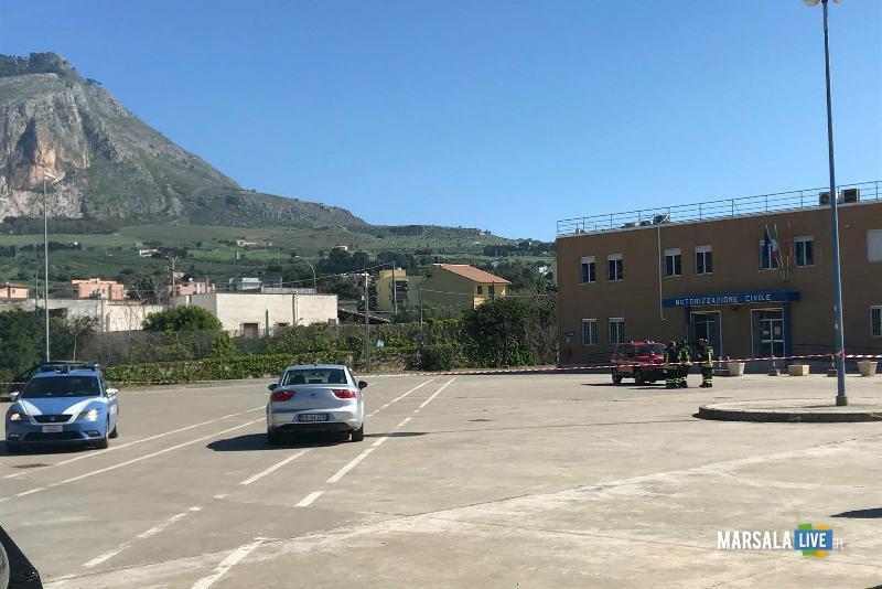 Allarme bomba alla motorizzazione civile di Trapani (6)