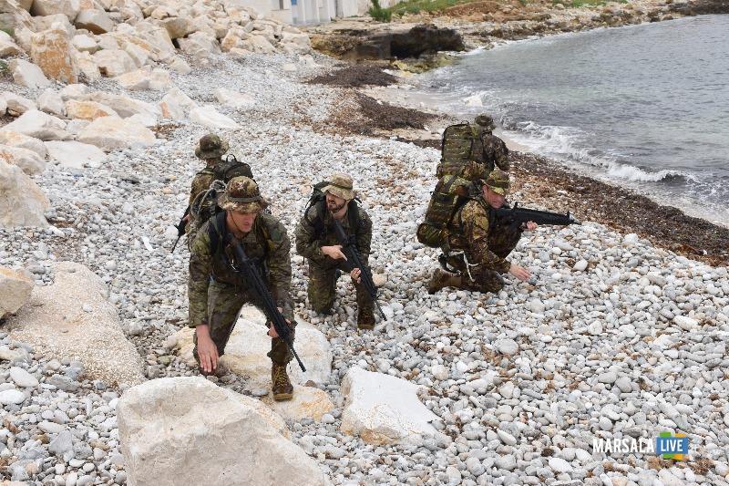 I Bersaglieri della Brigata Aosta si addestrano (3)