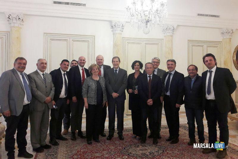 Il Presidente Musumeci con rappresentanti Distretti Produttivi Siciliani