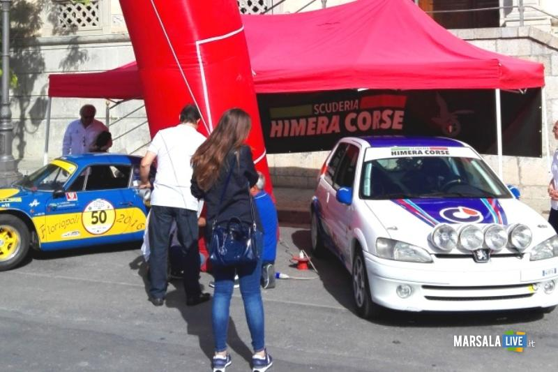AB 'Parata' auto piazza Duomo Termini Imerese
