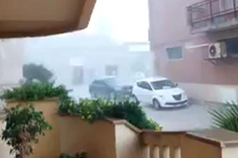 Bufera-di-pioggia-a-Marsala