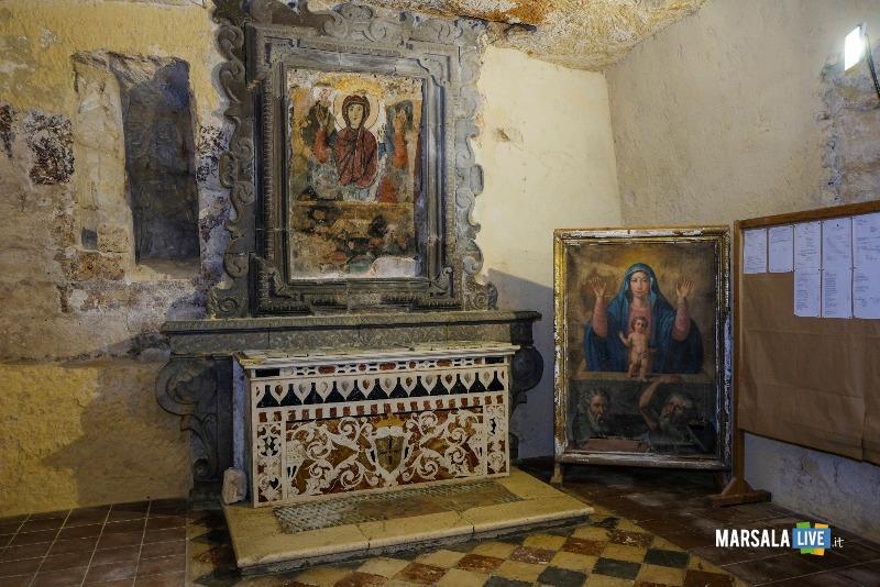 Vergine Orante Chiesa Santa Maria Itria Marsala