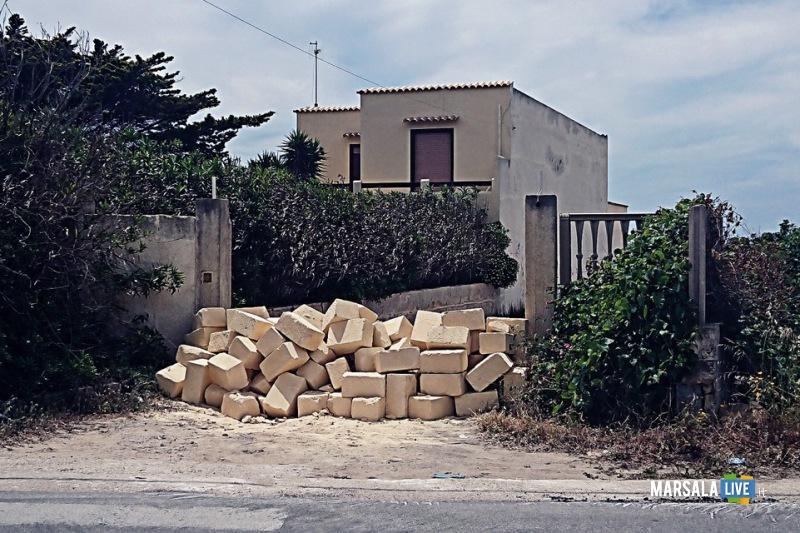 marsala-accessi-mare-sono-privati-anche-lultimo-ingresso-viene-anche-murato