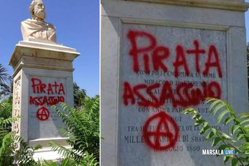 Marsala, Pirata assassino sotto il busto di Garibaldi 2018
