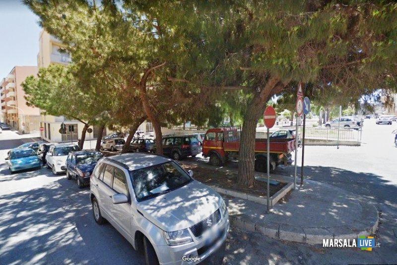 Marsala, sistemazione verde pubblico e strade a Porticella