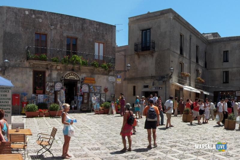 Erice-Piazza-centrale