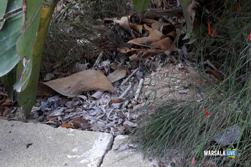 Giardini della Vittoria a Marsala, trovate siringhe. i cittadini lanciano l_allarme-