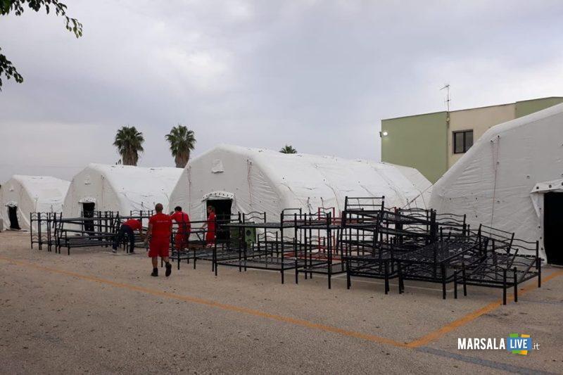 campo sosta temporanea migranti_fontane d'oro 24.09.208