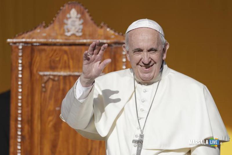 papa francesco Bergoglio - Sicilia 2018 (1)
