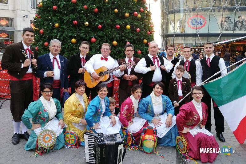 Gruppo folk torre sibiliana, città di Petrosino (2)