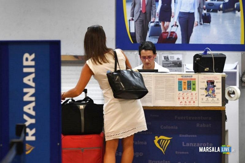 Ryanair, bagaglio a mano (trolley)