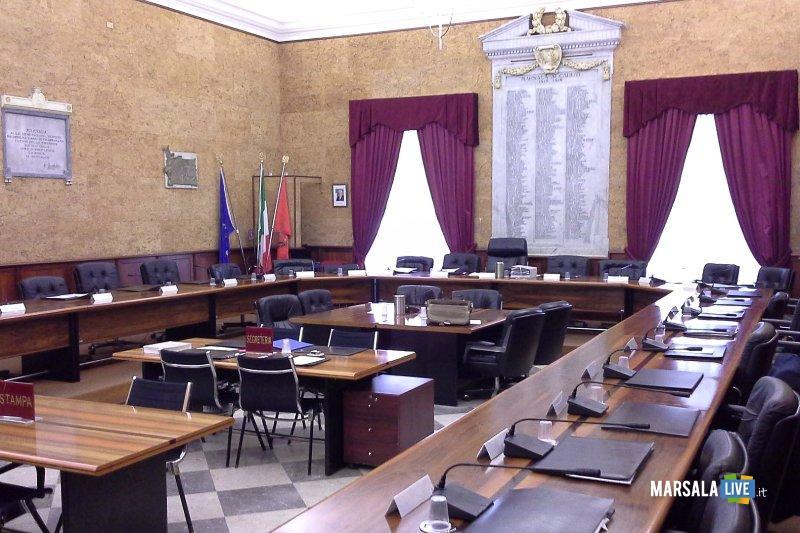 aula consiliare, consiglio comunale Marsala. Sala delle Lapidi