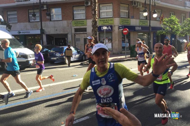 - Atl. - Enzo Lombardo alla maratona di Valencia