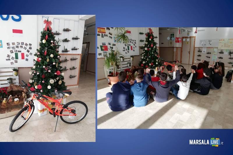 Far Natale con una bici