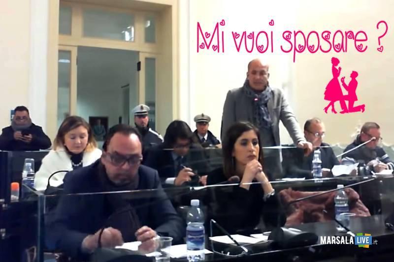 vuoi sposarmi, proposta in consiglio comunale Trapani - Massimo Toscano Pecorella
