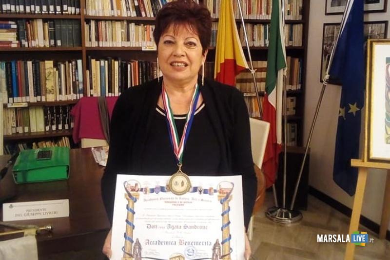 Onoreficenza ad Agata Sandone