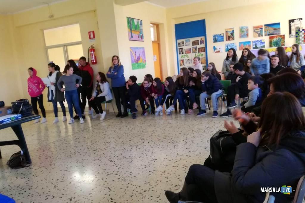 Istituto Alcide De Gasperi Marsala, progetto Non Cadere nella Trappola (1)