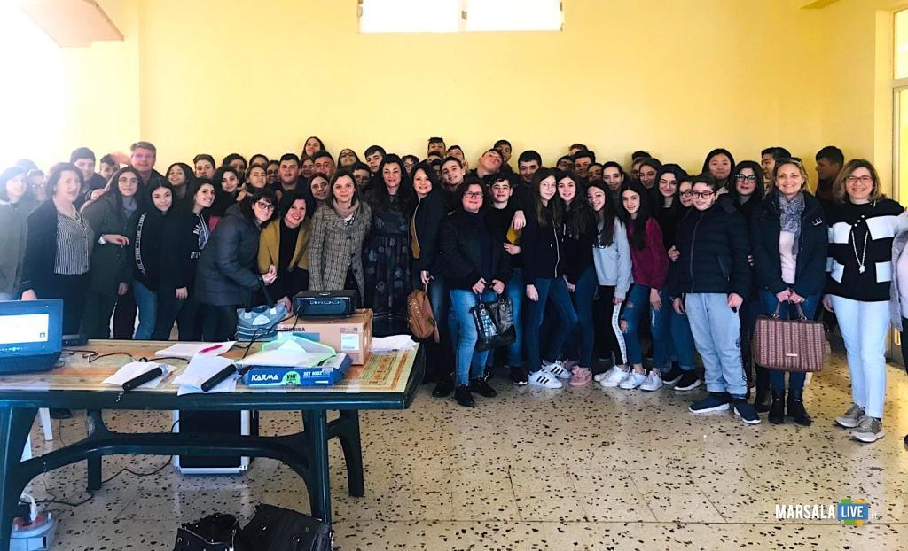 Istituto Alcide De Gasperi Marsala, progetto Non Cadere nella Trappola (2)