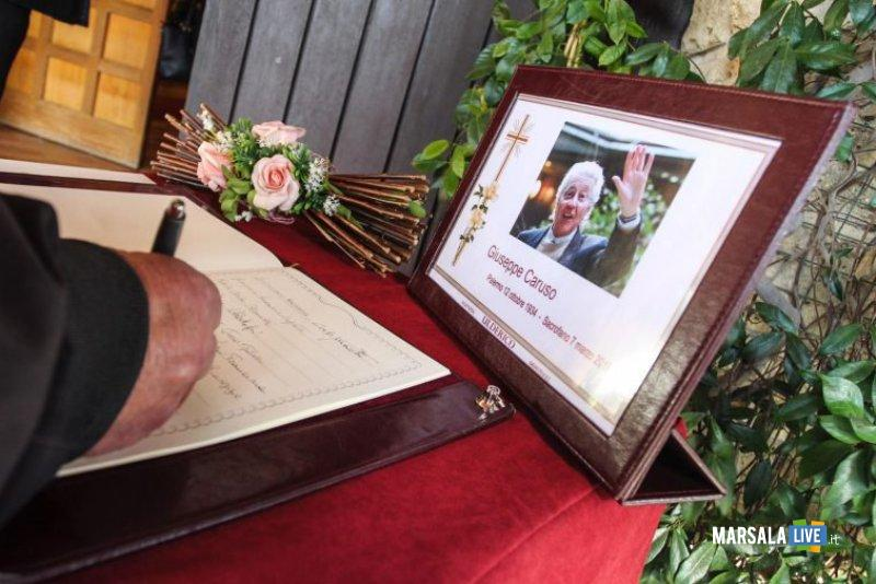 funerali di Pino Caruso (2)