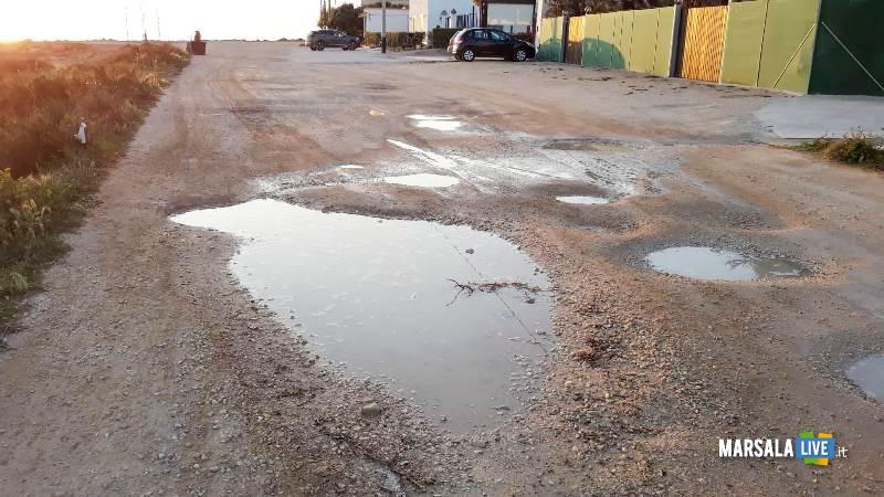 Grosse buche piene di acqua a Torre Sibiliana petrosino 2019 (1)