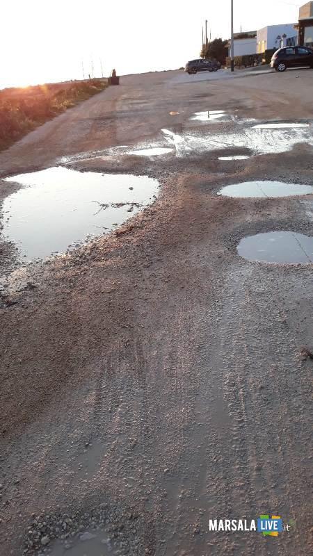 Grosse buche piene di acqua a Torre Sibiliana petrosino 2019 (2)