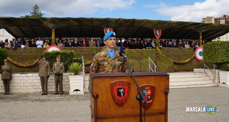 Il generale Bruno Pisciotta parla al contingente nazionale su base brigata Aosta