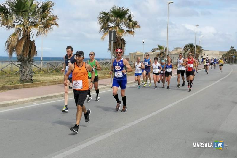 Marsala, Antonino Liuzzo e Maria Grazia Bilello. Maratonina del Vino (2)