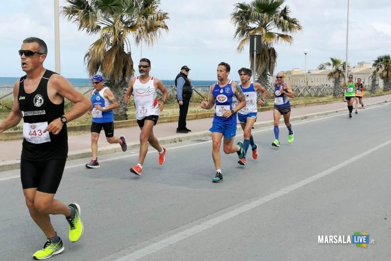 Marsala, Antonino Liuzzo e Maria Grazia Bilello. Maratonina del Vino (3)