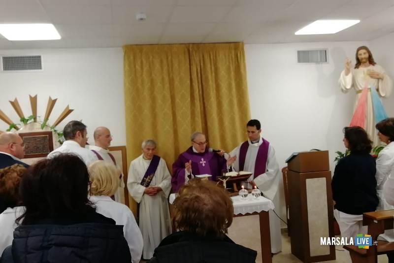 il Vescovo Mogavero visita l'ospedale Abele Ajello (2)