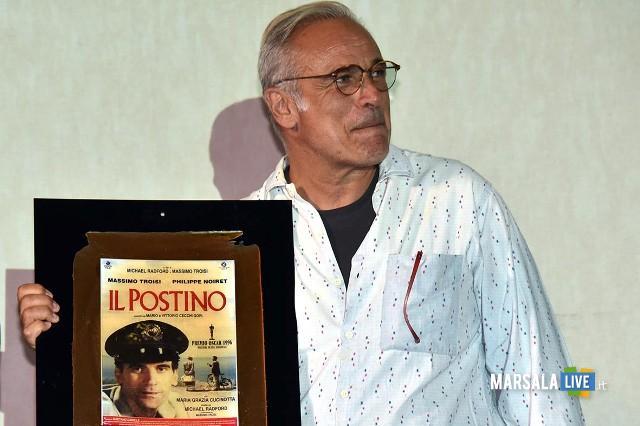 Enzo Decaro riceve il Premio Troisi