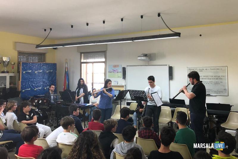 istituto comprensivo S.Pellegrino - Musica, Vita e Palcoscenico - Marsala (4)