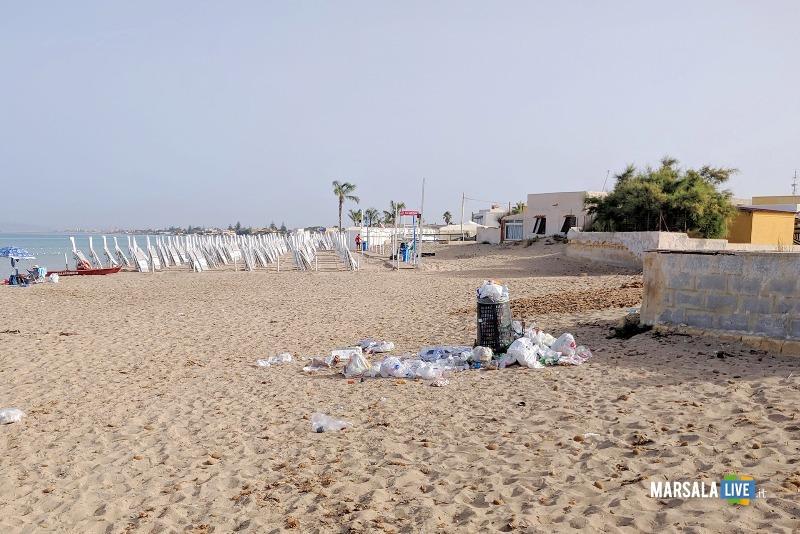 Michele Pipitone, munnizza spiaggia mare spazzatura (2)