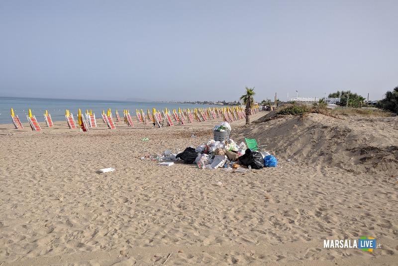 Michele Pipitone, munnizza spiaggia mare spazzatura (3)