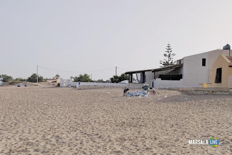 Michele Pipitone, munnizza spiaggia mare spazzatura (4)