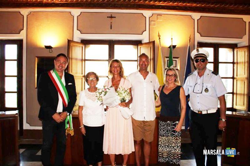Umberto Palmero e Michela Valpreda, sposi favignana (2)