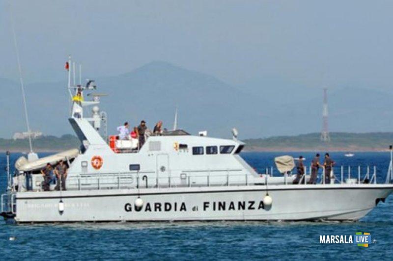 guardia-di-finanza-motovedetta