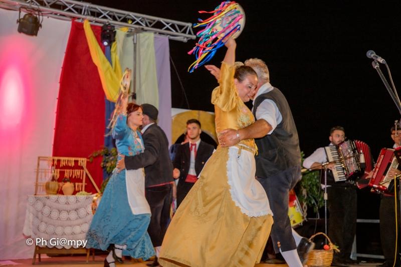 Sagra della Sfincia e Notte Folk 2019, piazza Biscione Petrosino (20)