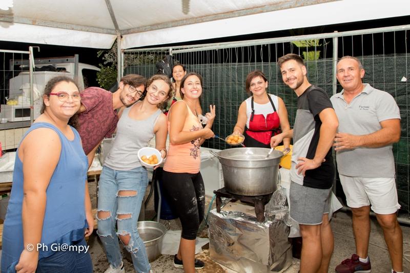 Sagra della Sfincia e Notte Folk 2019, piazza Biscione Petrosino (23)