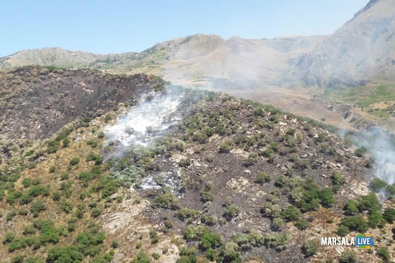 intervento antincendio csar trapani birgi (1)