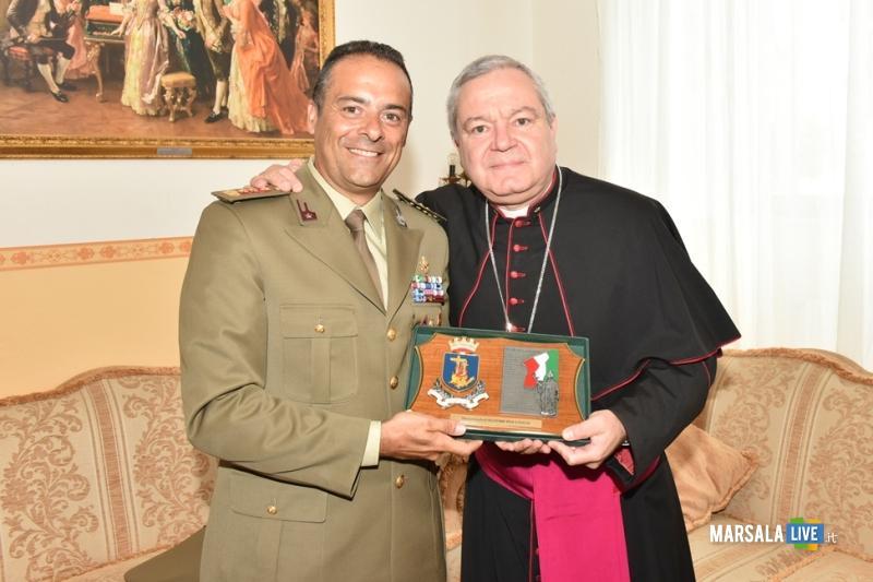 Colonnello Di Pietro e Mons. Marcianò