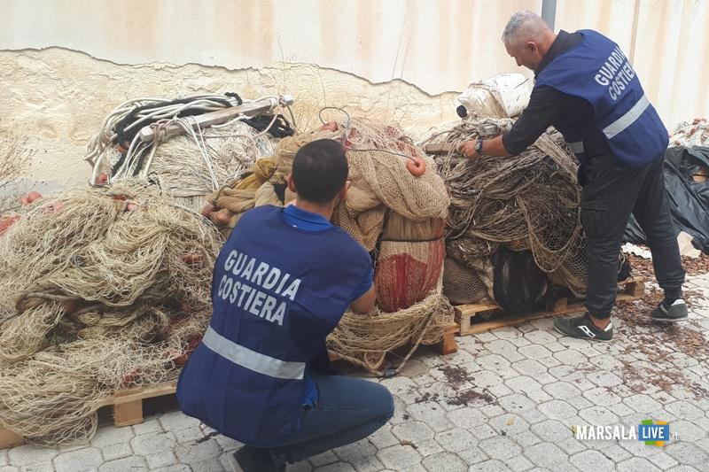 Guardia Costiera Marsala sequestra sciabiche Riserva dello Stagnone (1)