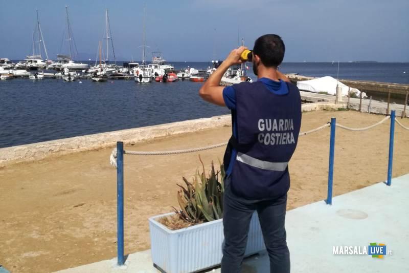 Guardia Costiera Marsala sequestra sciabiche Riserva dello Stagnone (5)