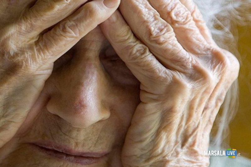 Ridotta in gravi condizioni, anziana violentata