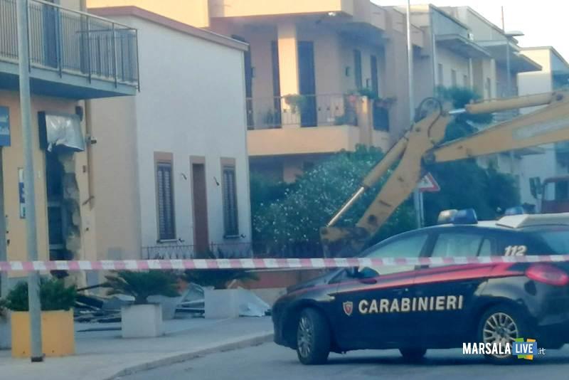 Marsala, sradicato bancomat con escavatore a Terrenove-Bambina (4)