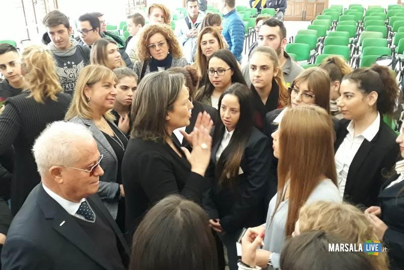 Istituto Abele Damiani di Marsala incontrano Piera Aiello (1)