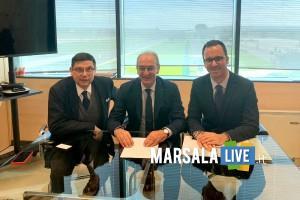 presidente Airgest Salvatore Ombra, presidente Camera di Commercio Pino Pace, sindaco Valderice Francesco Stabile