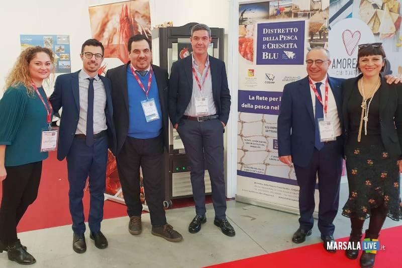 Foto Delegazione del Distretto della Pesca alla Fiera Marca di Bologna