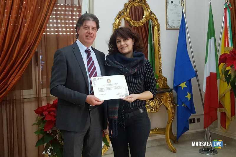 GiuseppeCastiglioneAlbaDAngelo_consegna pergamena 13.01.2020